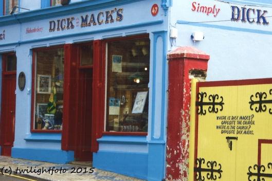 Dick Macks