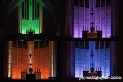 Lichtszenen in der Kirche