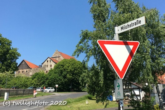 Milchstraße, dann rechts: Burg Fürsteneck